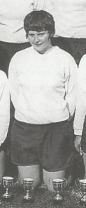 Davies at the 1971 Mitre Trophy final